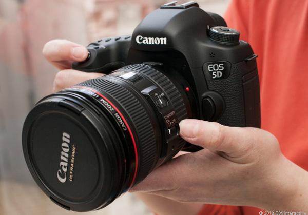 Описание фотоаппарата Canon EOS 7D, характеристики, отзывы и цены - FotiZ.com